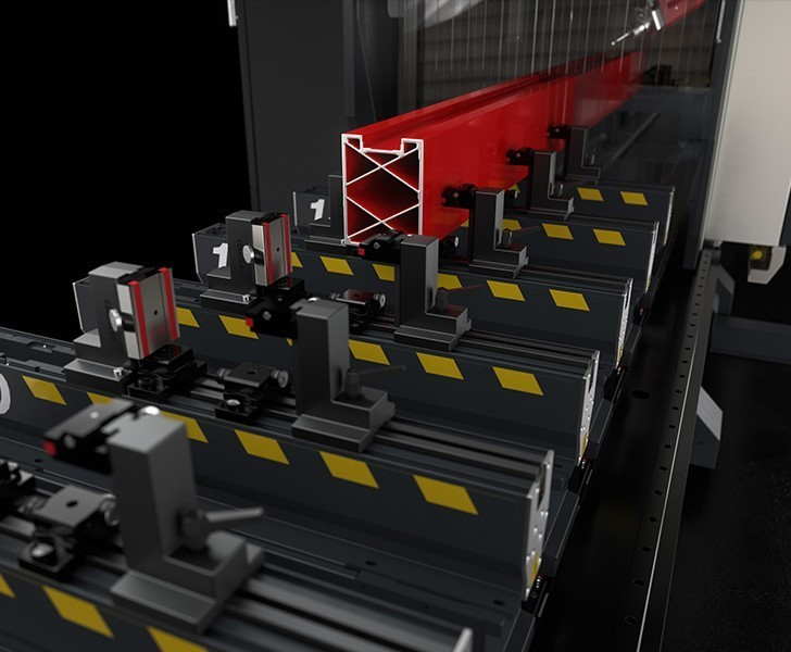 Bearbetningsmaskiner Satellite XLE Motoriserade klämmor (tillval) Emmegi